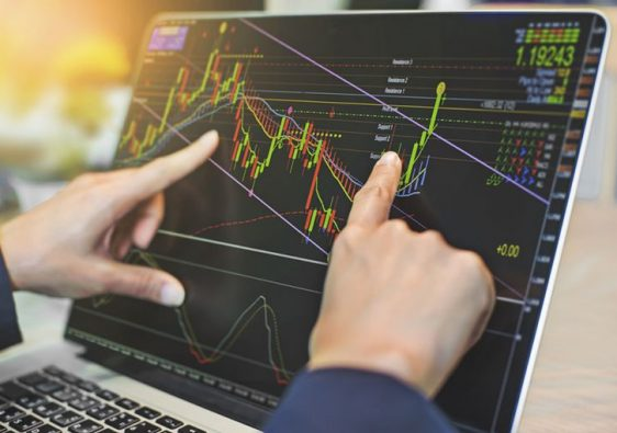 Major Benefits of Using an Online Stock Trading Platform